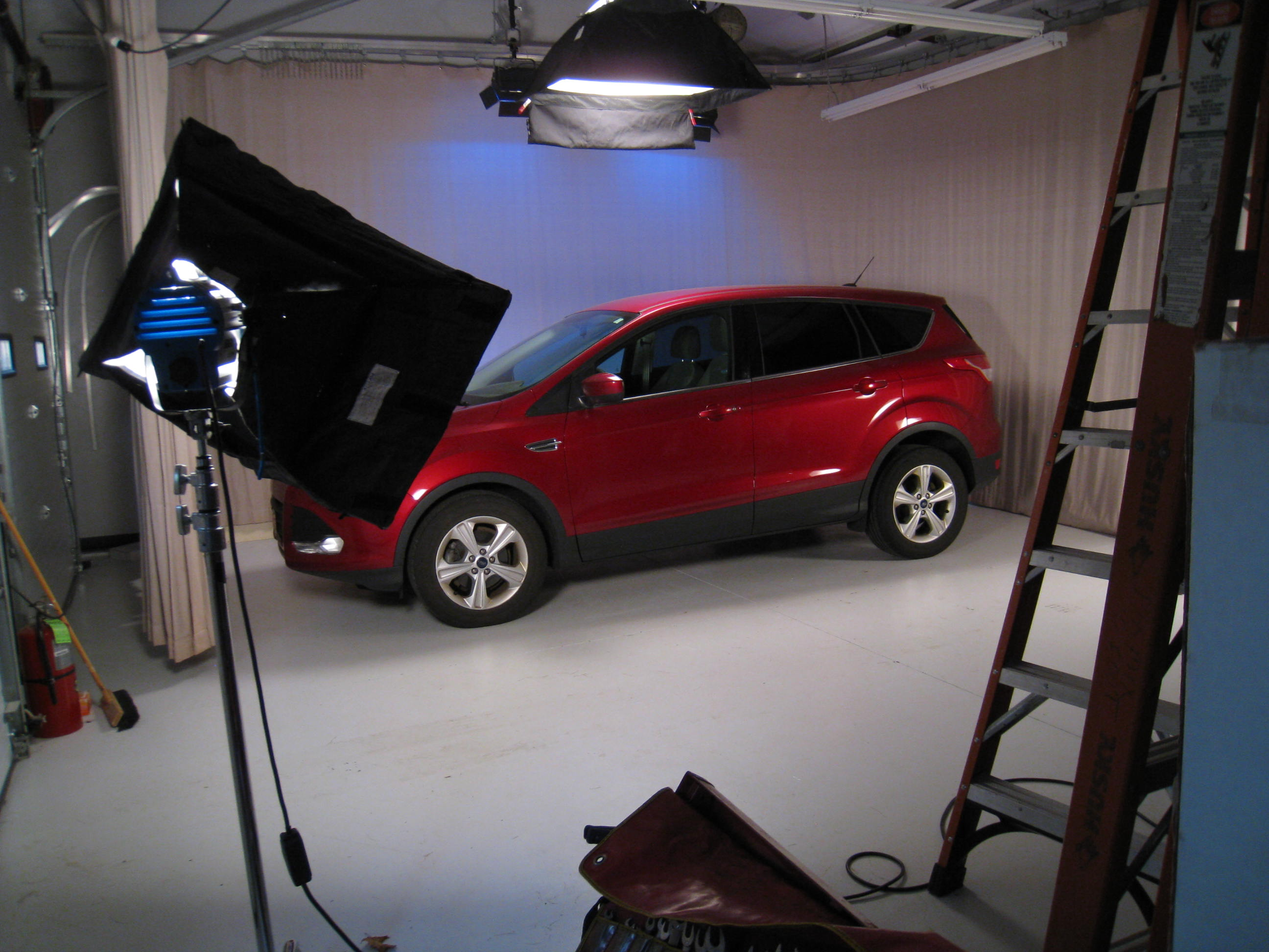 SUV in Studio